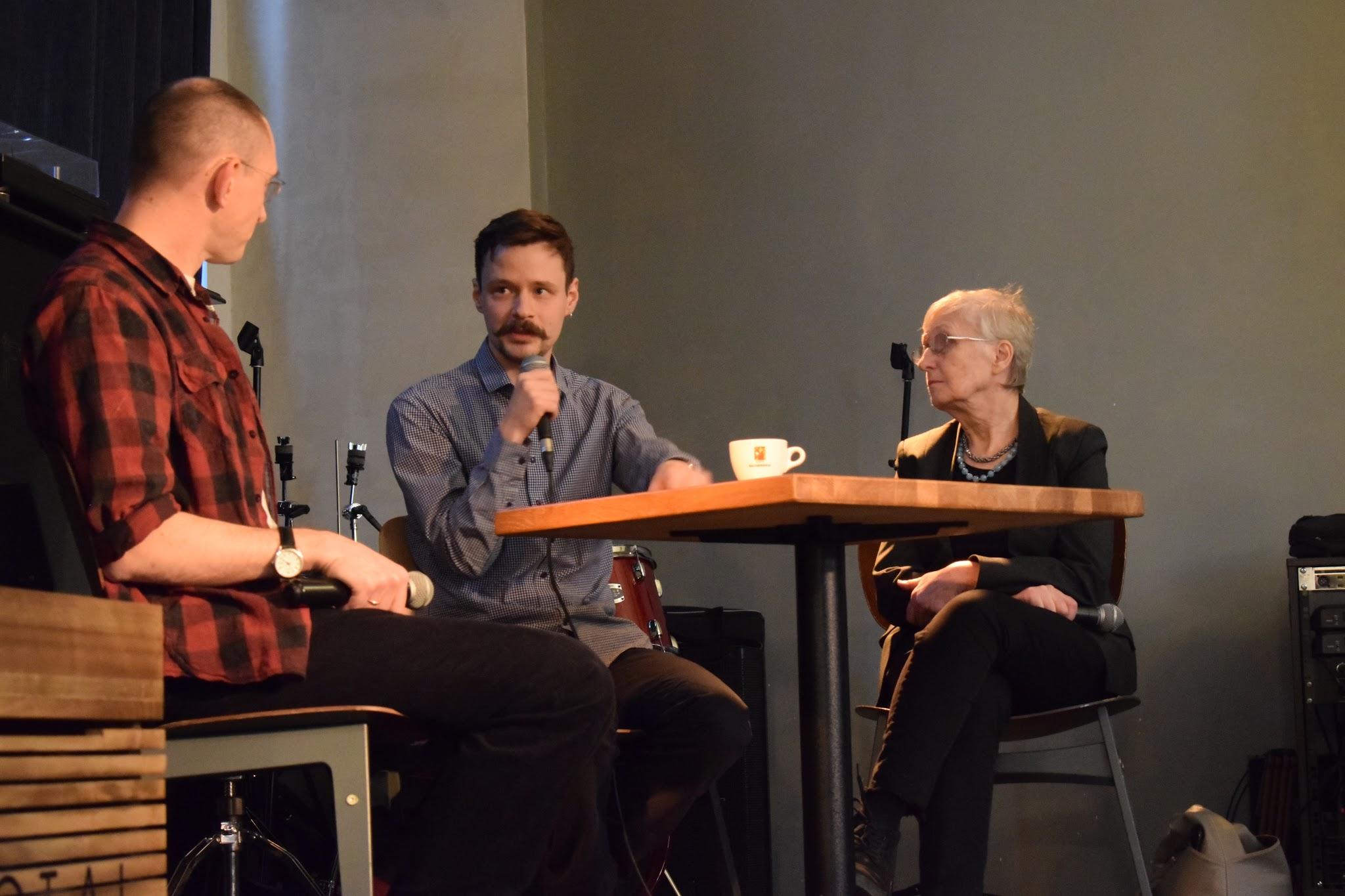 24 ноября, проект «Театрология»